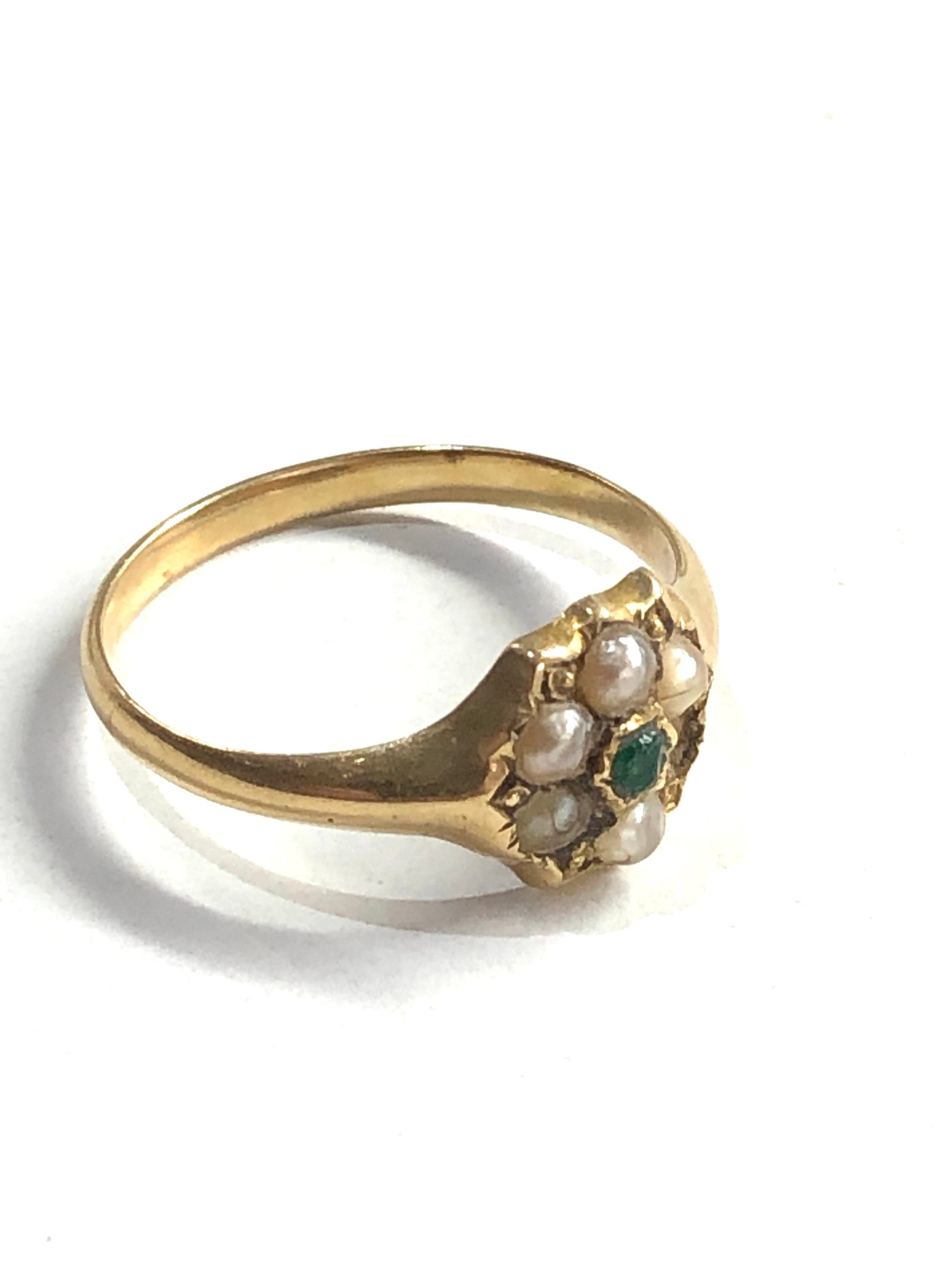 Antique 15ct gold emerald and seed-pearl ring missing pearl weight 2g xrt as 15ct gold - Image 2 of 4