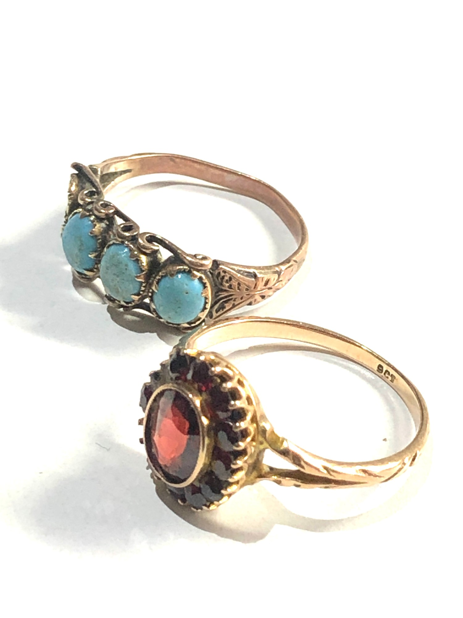 2 x Antique 9ct gold rings inc. garnet, turquoise *one stone missing - Image 2 of 3