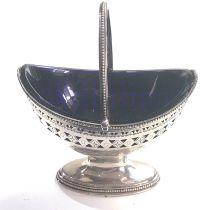 Georgian silver pierced swing handle sugar basket, London 1804 by Robert hennell 1 measures approx