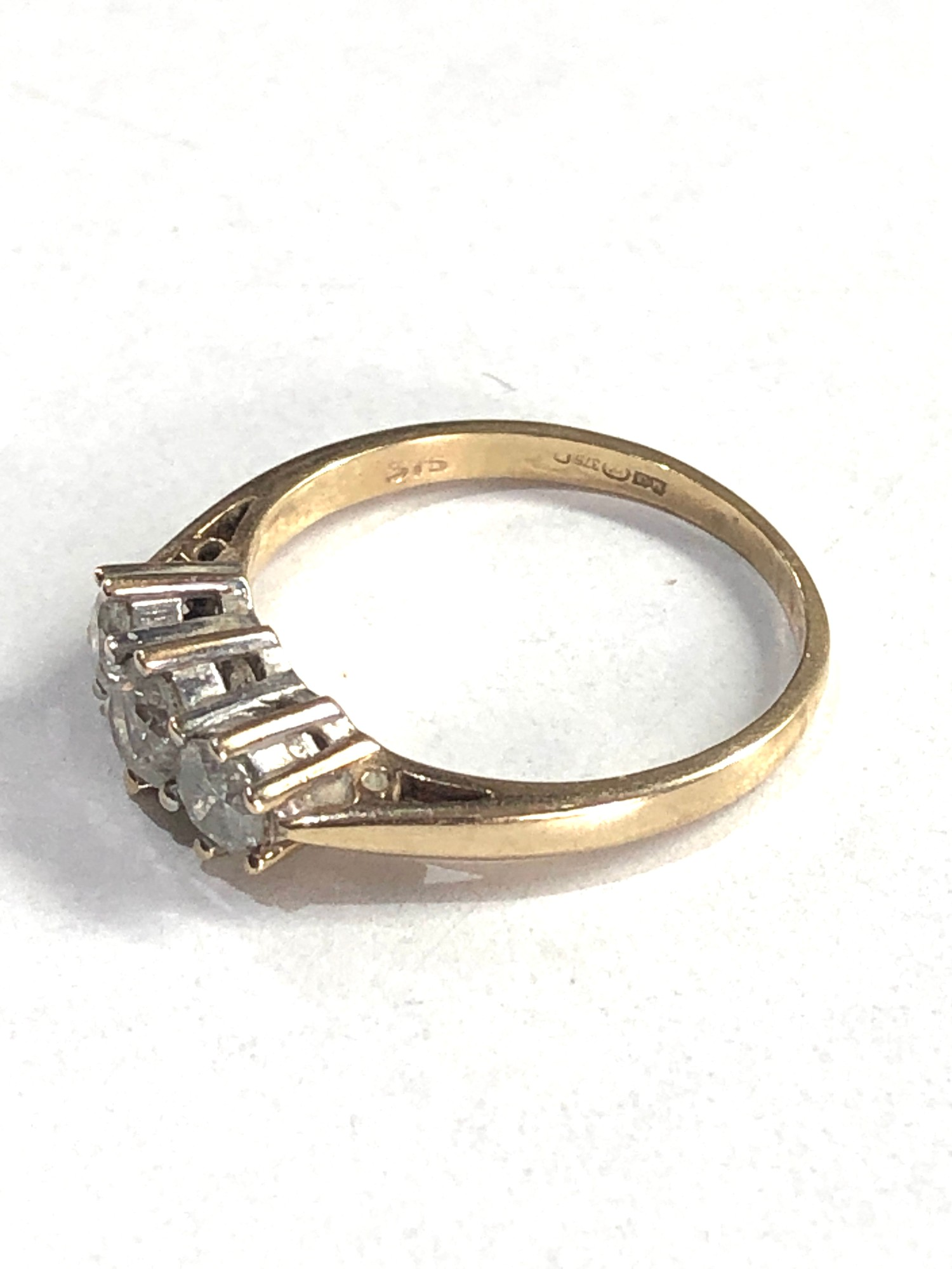 9ct gold 0.50ct diamond trilogy ring 1.8g - Image 2 of 3