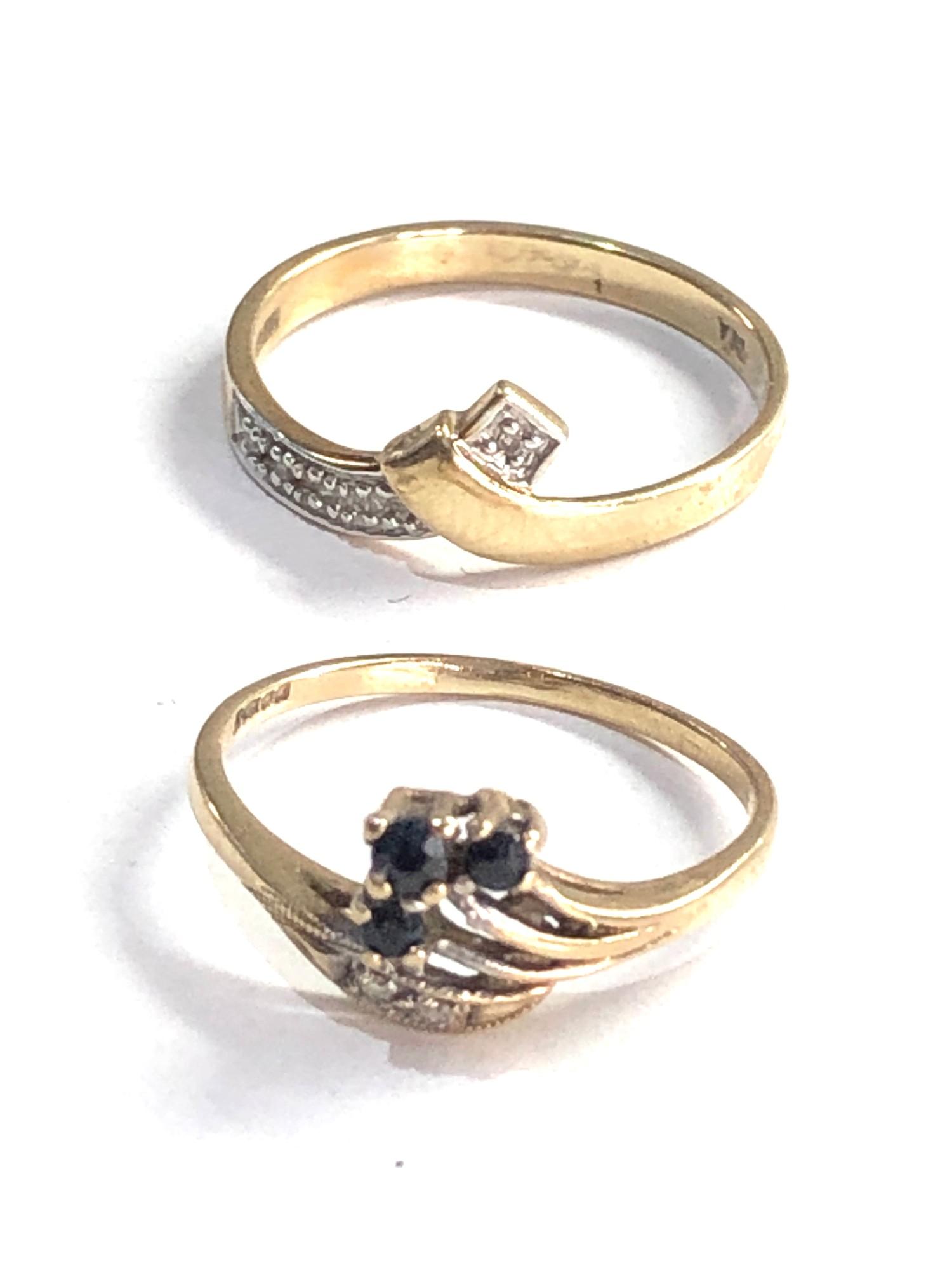 2 x 9ct gold diamond detail rings inc. sapphire 2.5g - Image 2 of 3