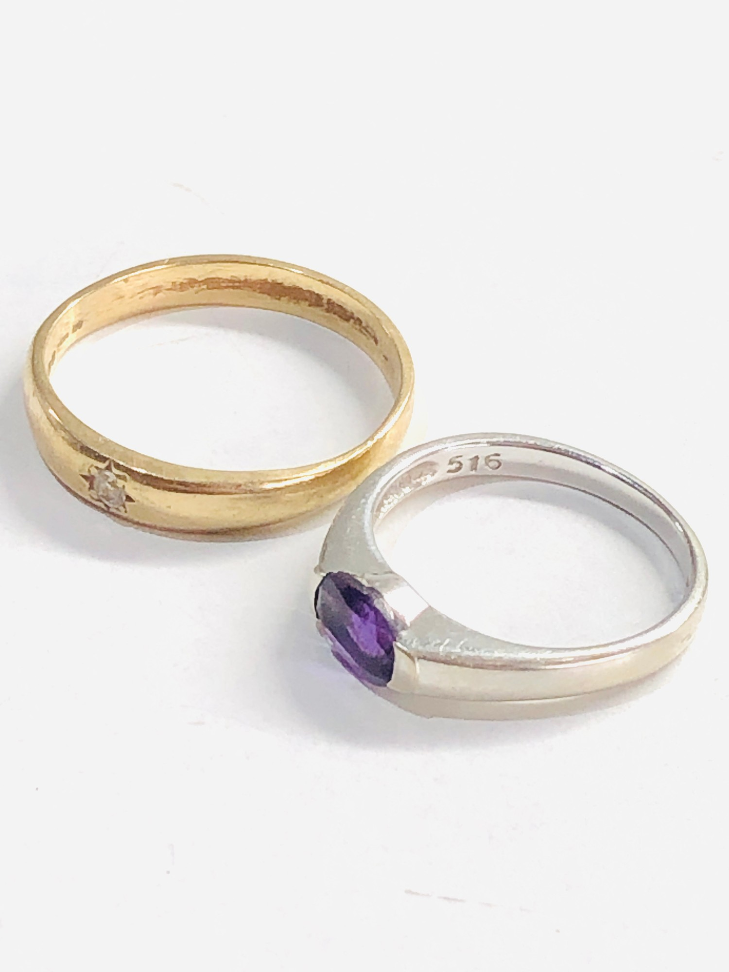 2 x 9ct gold diamond ring and white gold amethyst ring 4.8g - Image 2 of 3