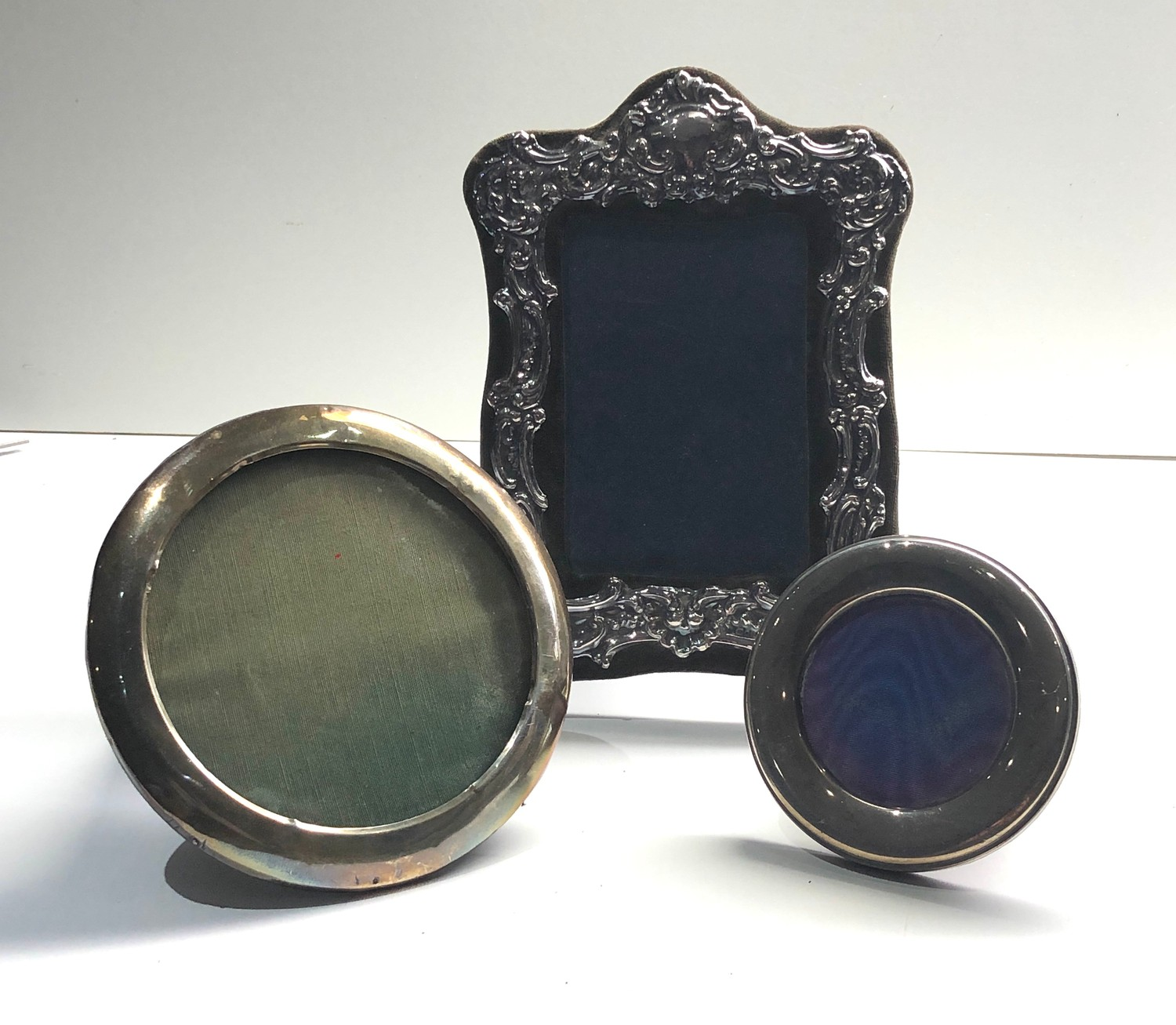 3 vintage silver picture frames largest measures approx 20cm by 16cm - Image 2 of 6