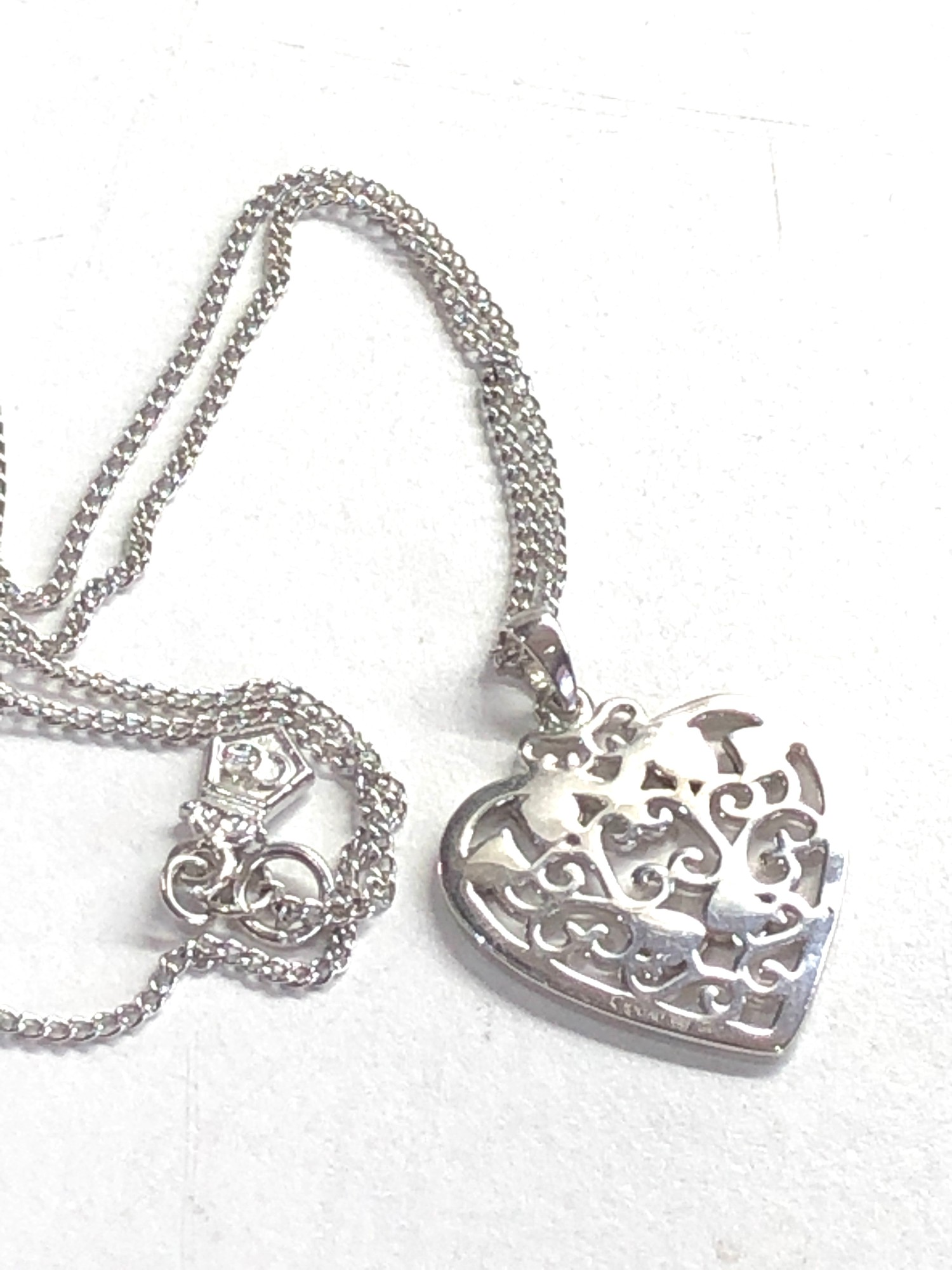 Clogau silver heart pendant and chain - Image 4 of 4