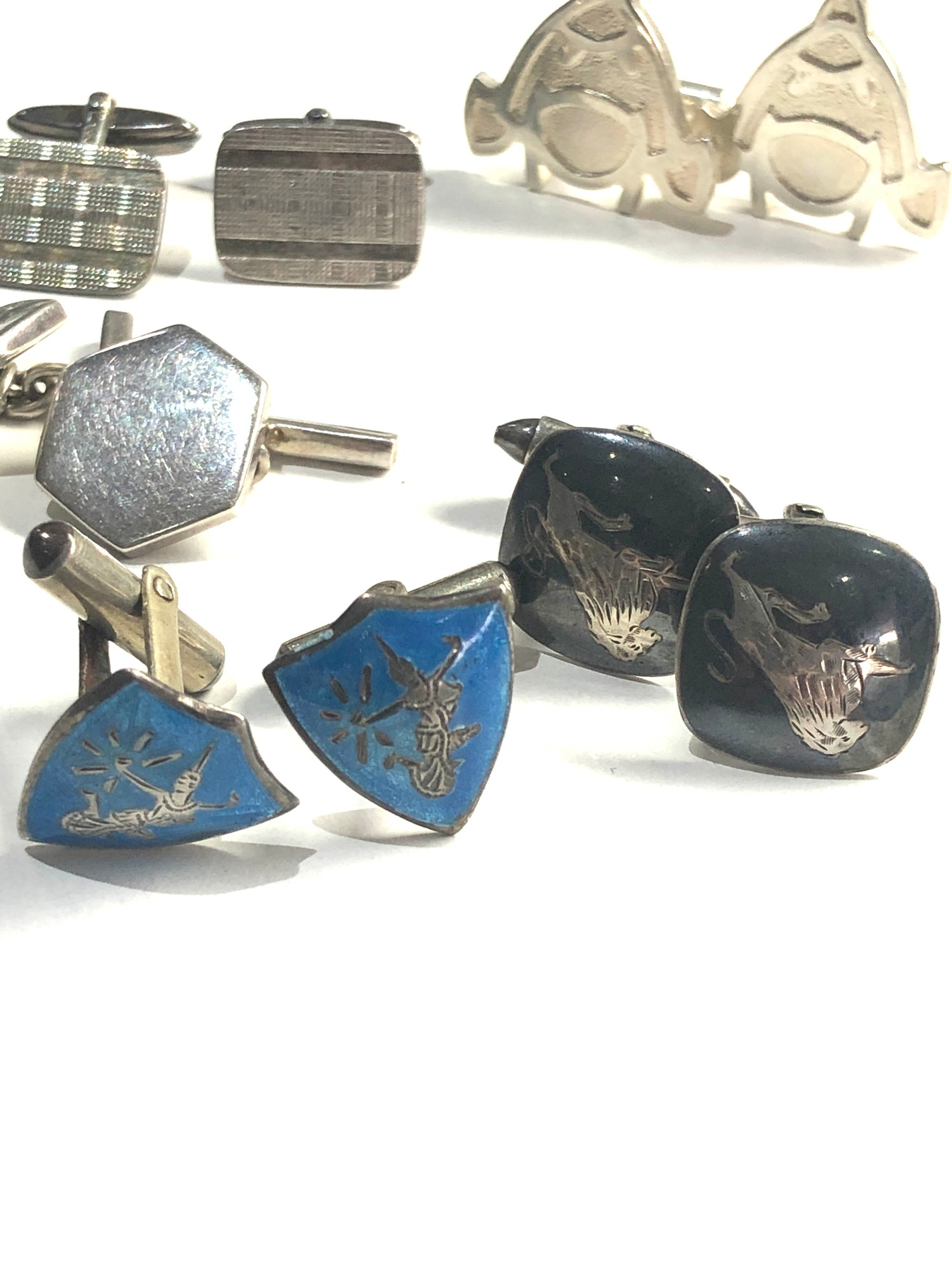5 pairs of vintage gents silver cufflinks - Image 4 of 4