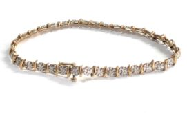 9ct gold diamond detail tennis bracelet (6.4g)