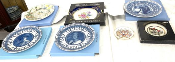 Selection of Wedgwood and other makers collectors plates, most with original boxes