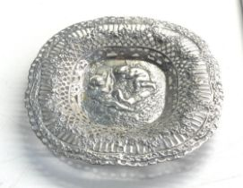 Vintage Finland ornate silver cherub dish hallmarked for 1956 measures approx 16cm dia weight 132g