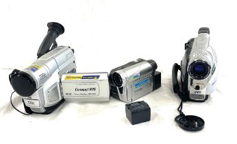 JVC 700x digital zoom video recorder, JVC 25x optical zoom camcorder both without batteries,