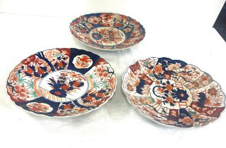 3 Imari chargers measure approx