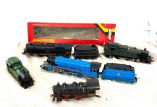 Tri-ang princess Elizebeth 46201, Hornby train 3317, Lima Great wester 148, Lima 44687, Kit master