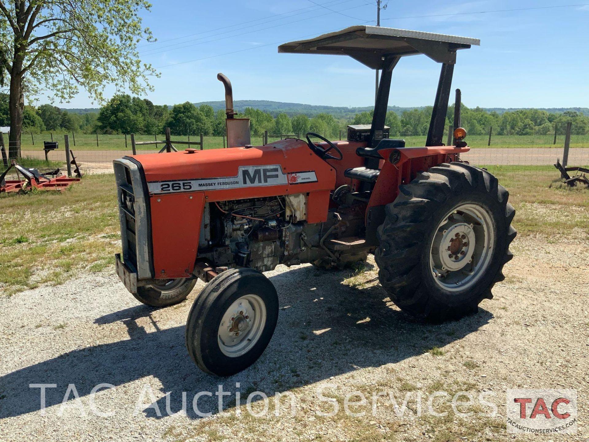 Massey Ferguson 265 FarmTractor