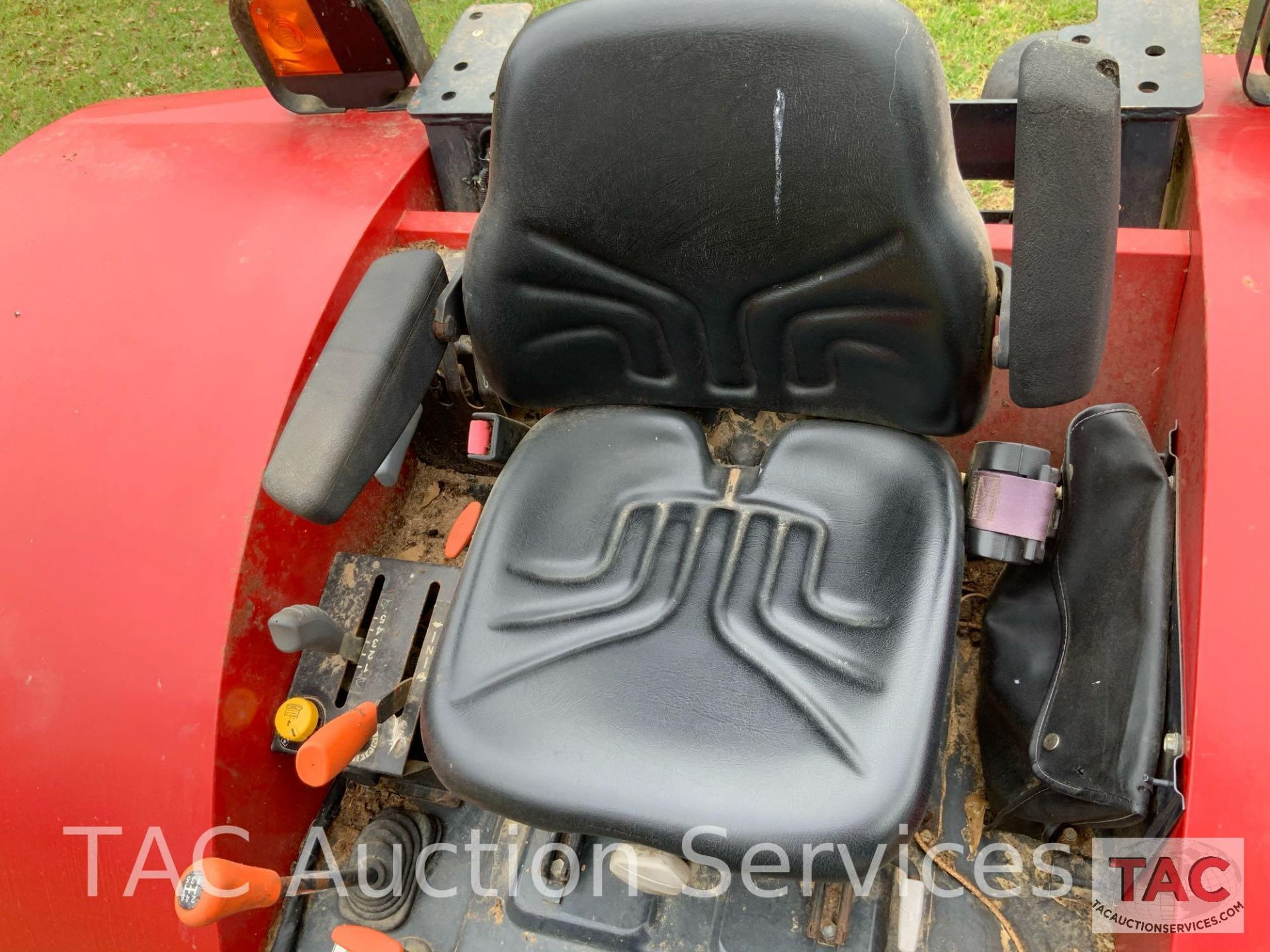 Massey-Ferguson 4610LP Farm Tractor - Image 16 of 26