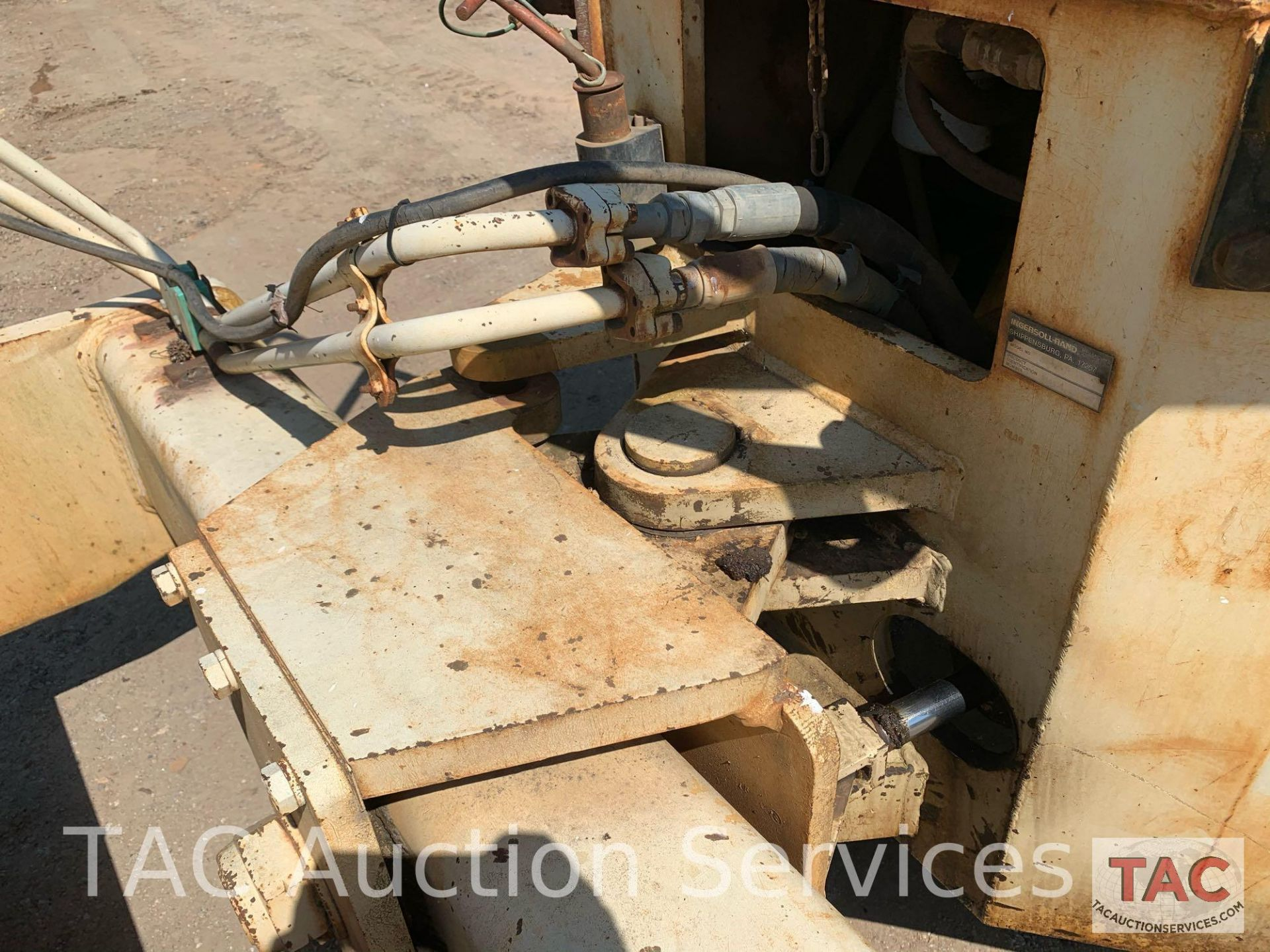 Ingersoll- Rand Vibratory Roller SP-48 - Image 13 of 36