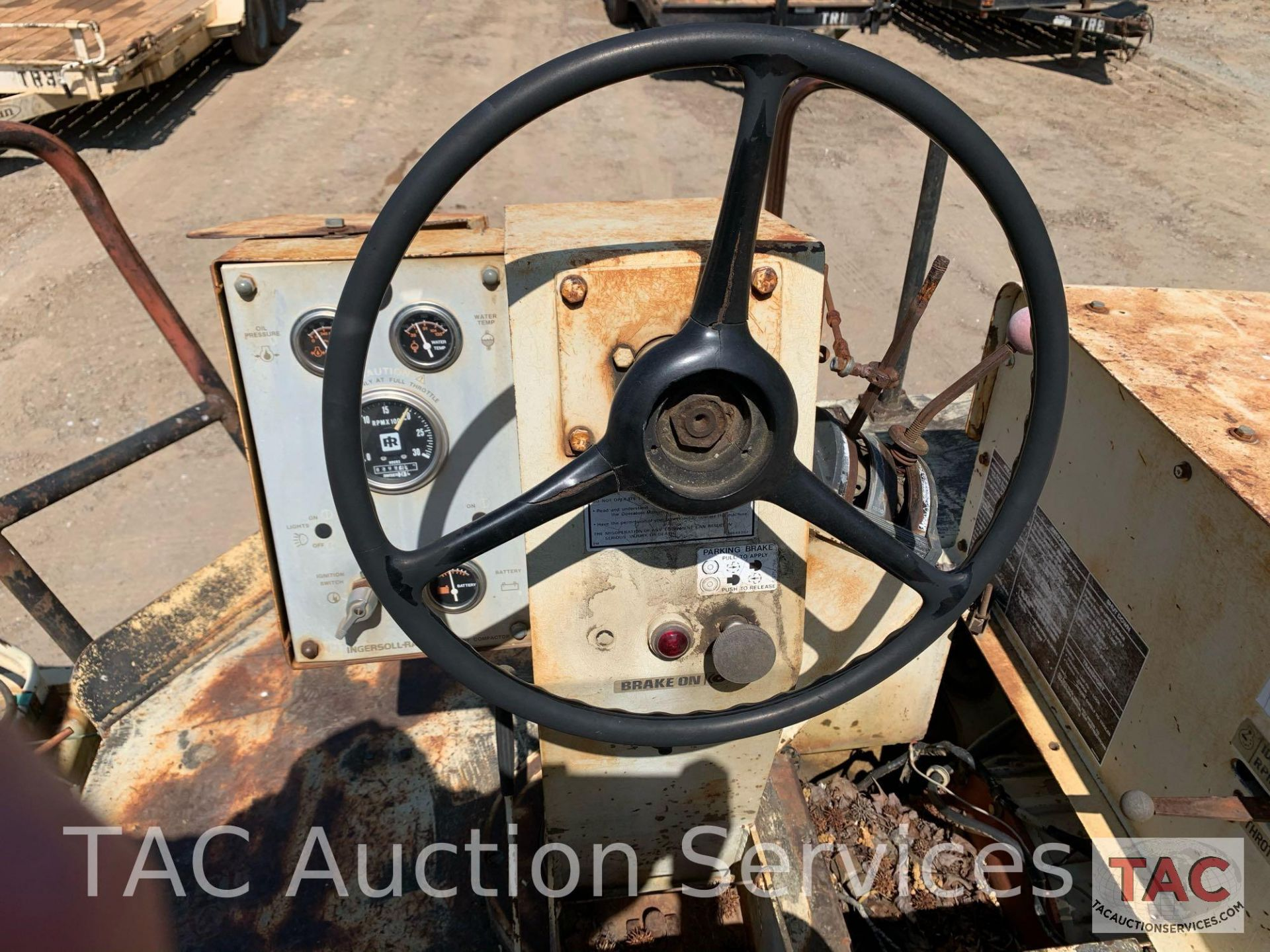 Ingersoll- Rand Vibratory Roller SP-48 - Image 20 of 36