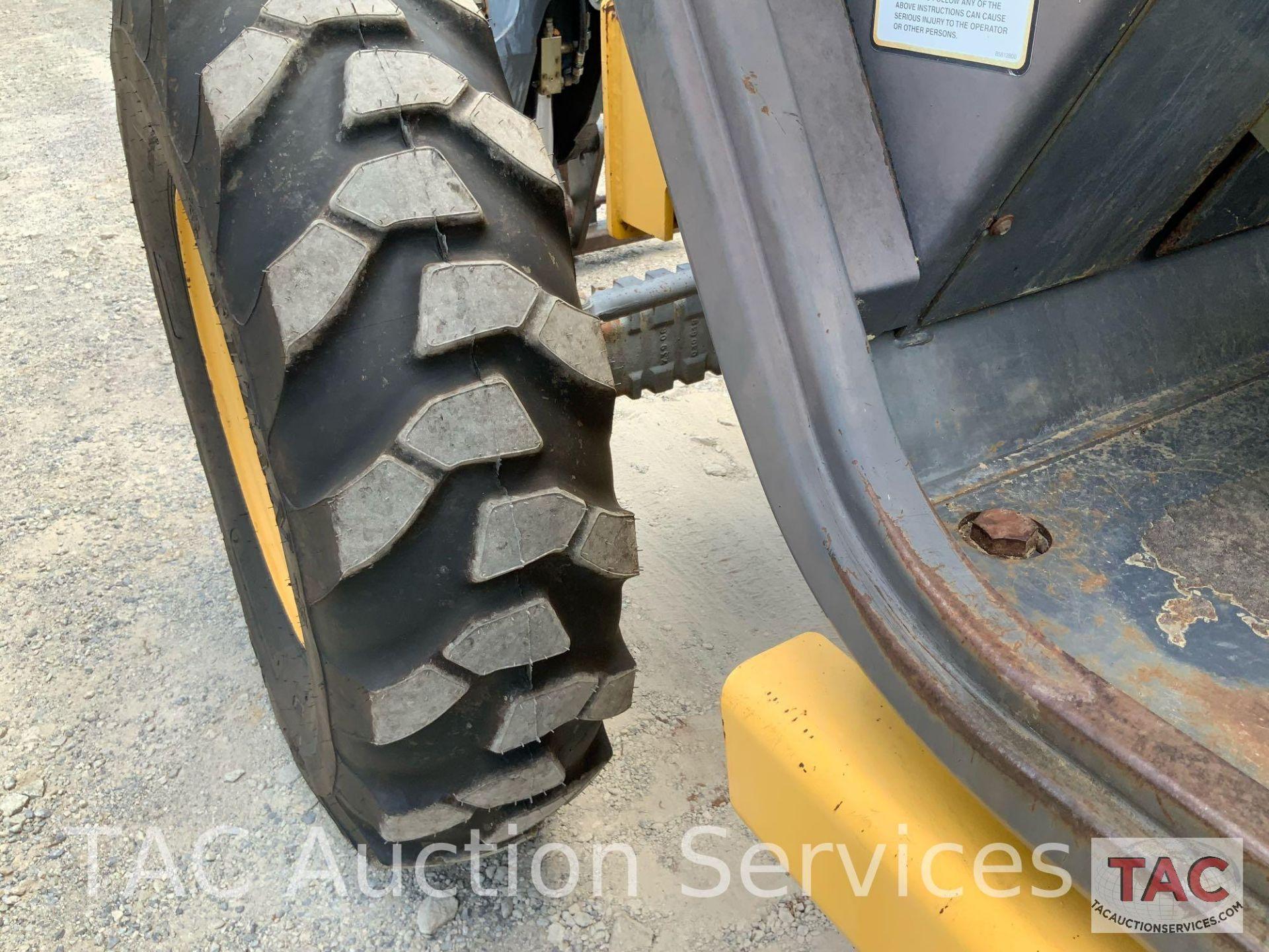 1999 New Holland LM840 Telehandler Forklift - Image 17 of 25