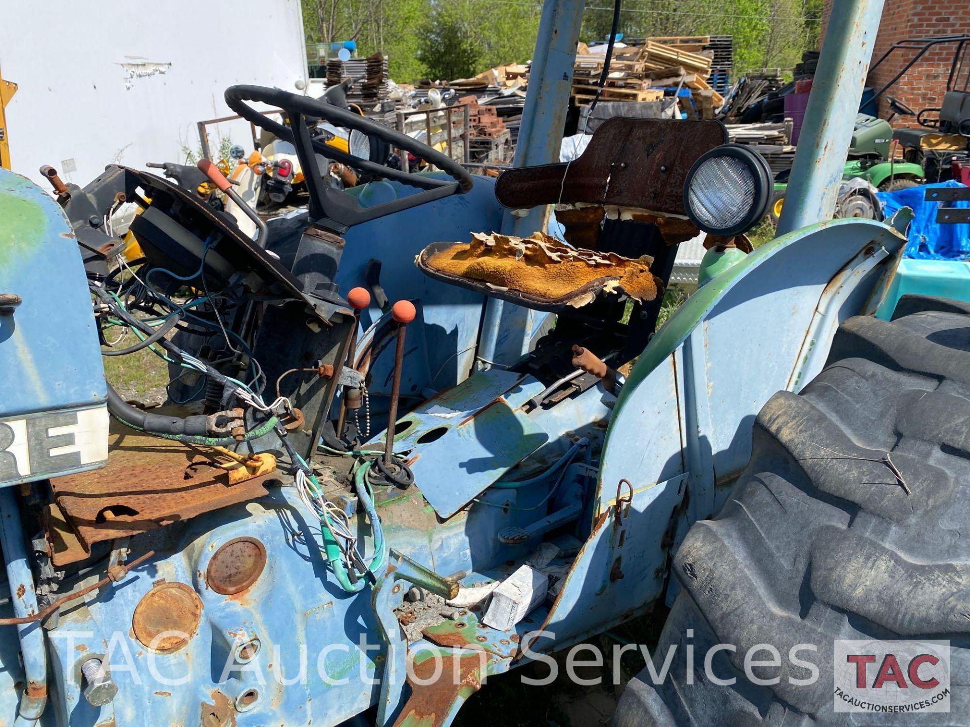 John Deere 2150 Farm Tractor - Image 14 of 34