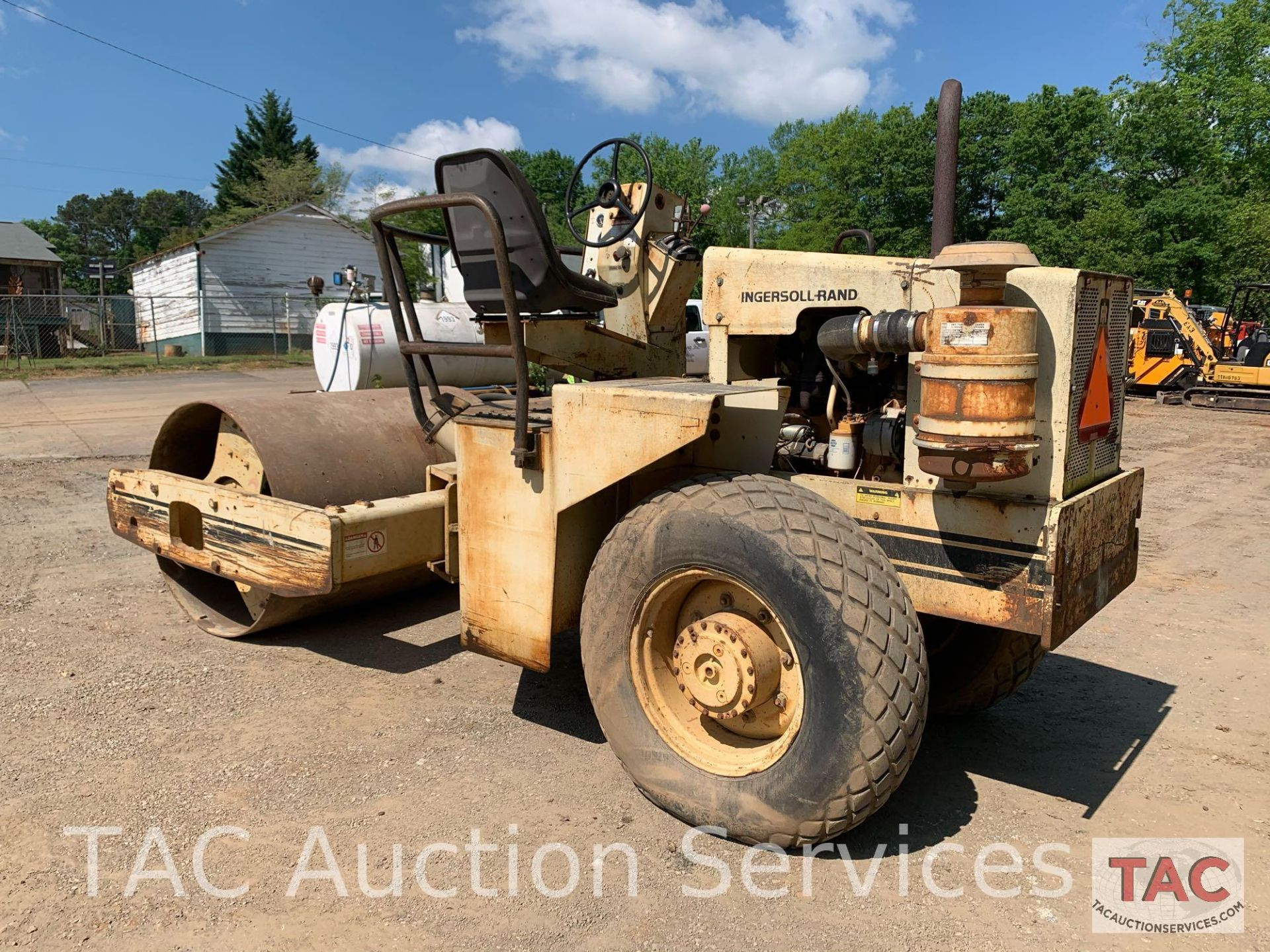 Ingersoll- Rand Vibratory Roller SP-48 - Image 5 of 36