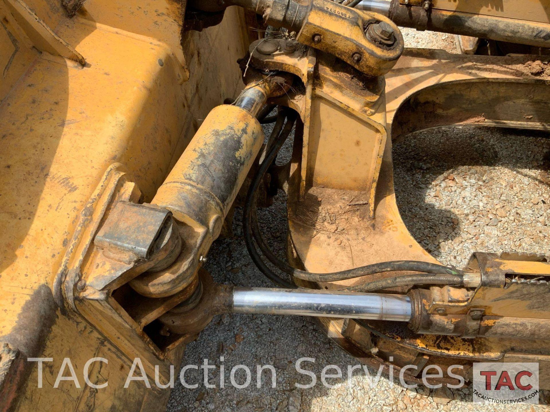 John Deere JD650J Dozer - Image 20 of 30