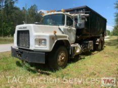 2000 Mack RB688S Roll-Off Truck