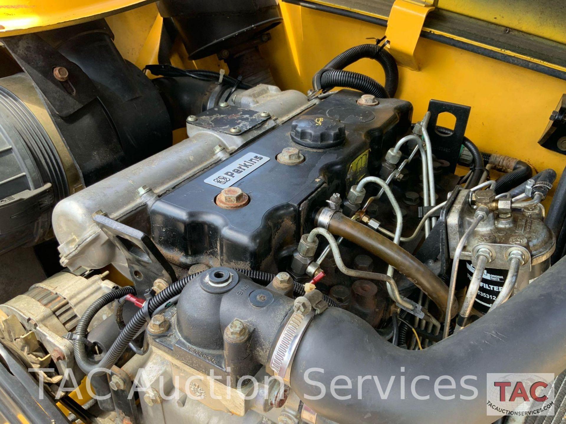 1999 New Holland LM840 Telehandler Forklift - Image 10 of 25
