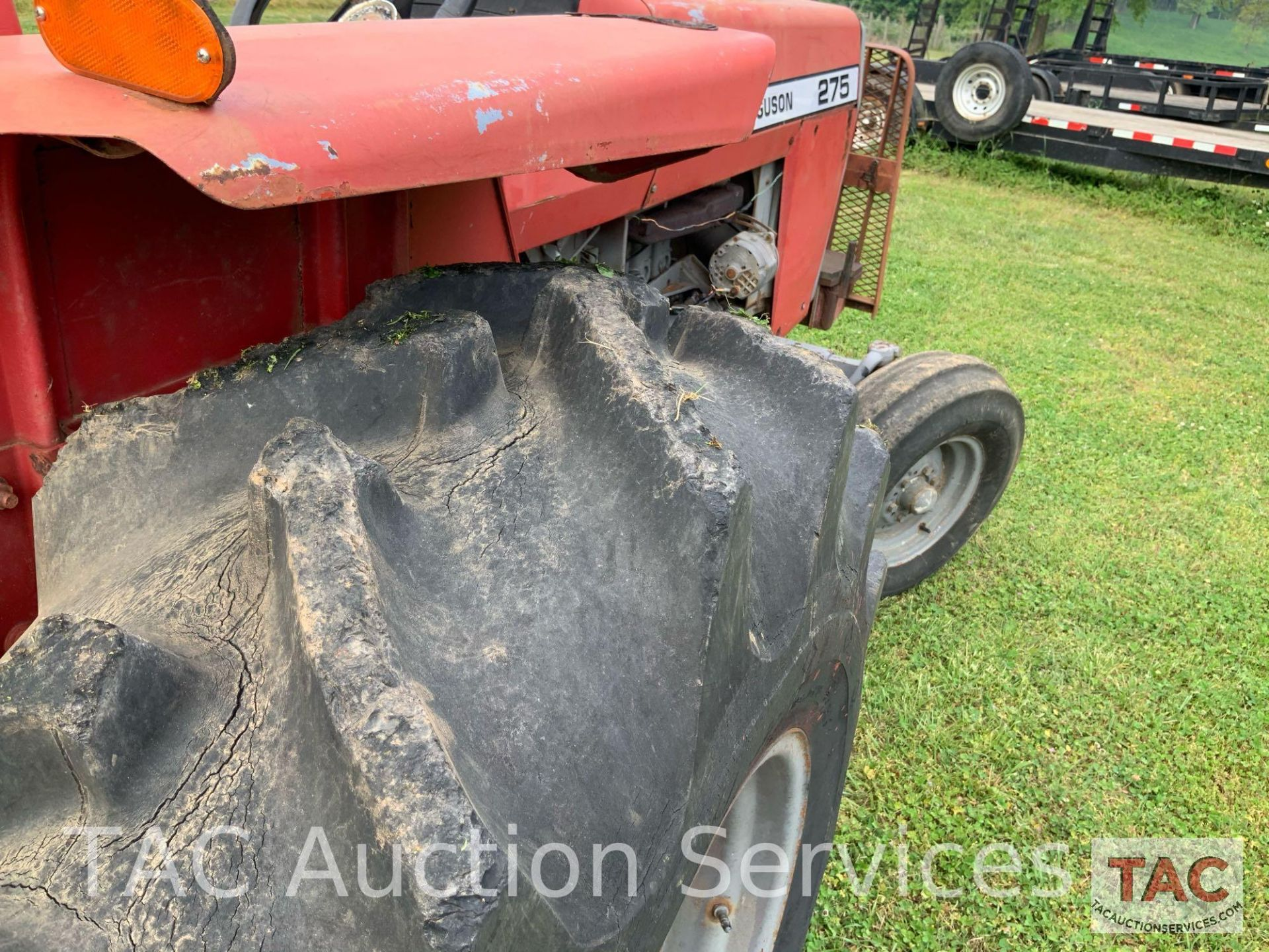 Massey Ferguson 275 Farm Tractor - Image 13 of 25