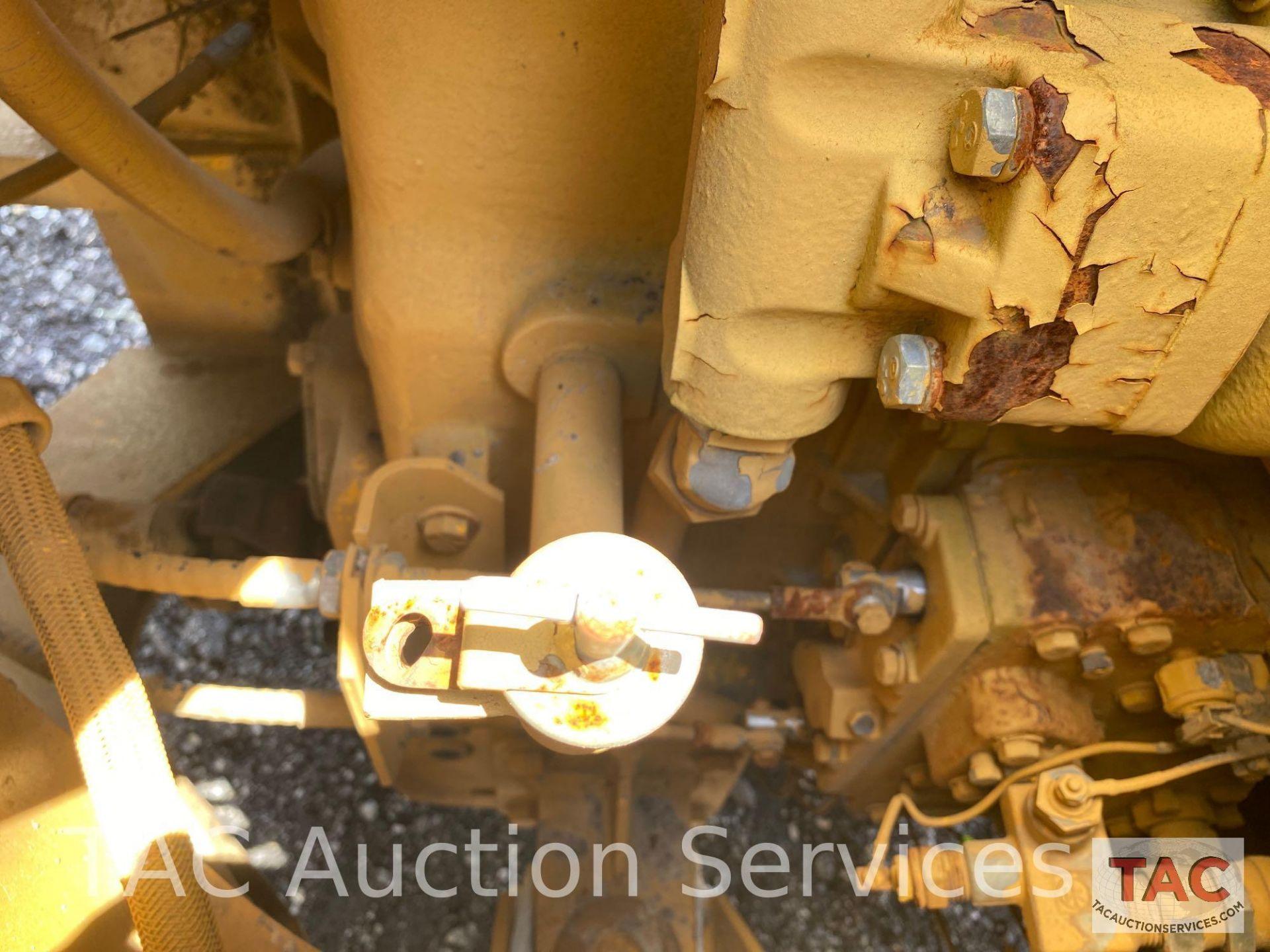 International Harvester 510B Loader - Image 17 of 31