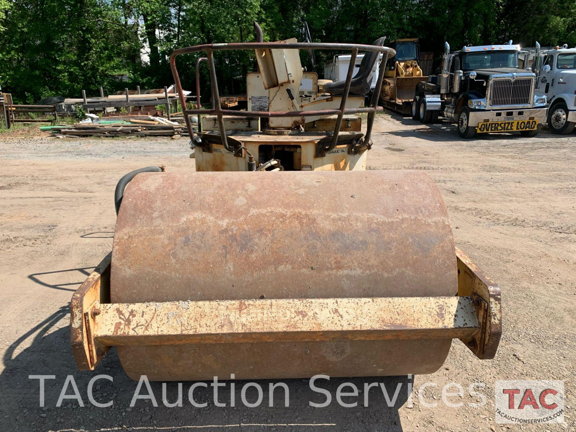 Ingersoll- Rand Vibratory Roller SP-48 - Image 2 of 36