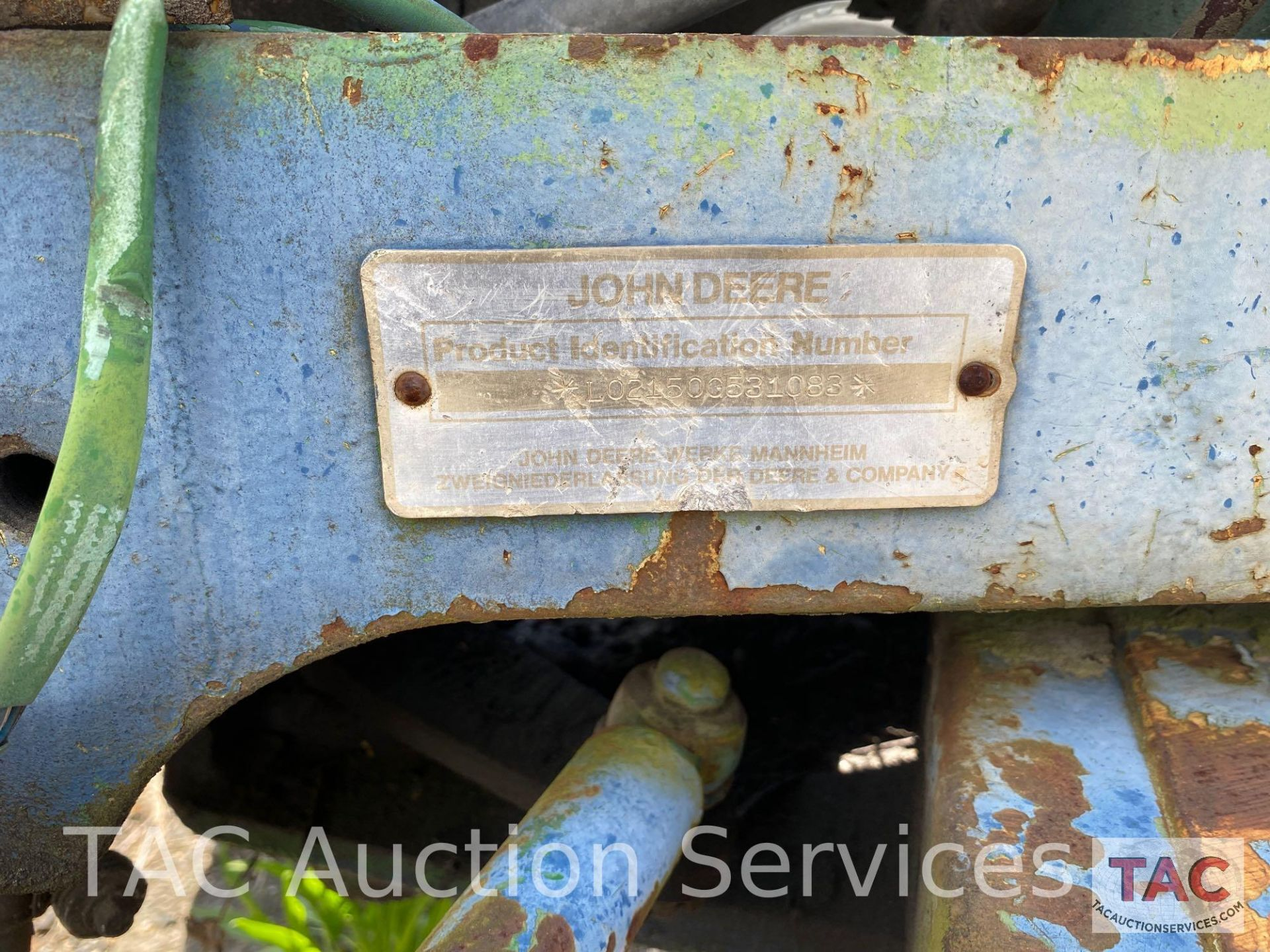 John Deere 2150 Farm Tractor - Image 34 of 34