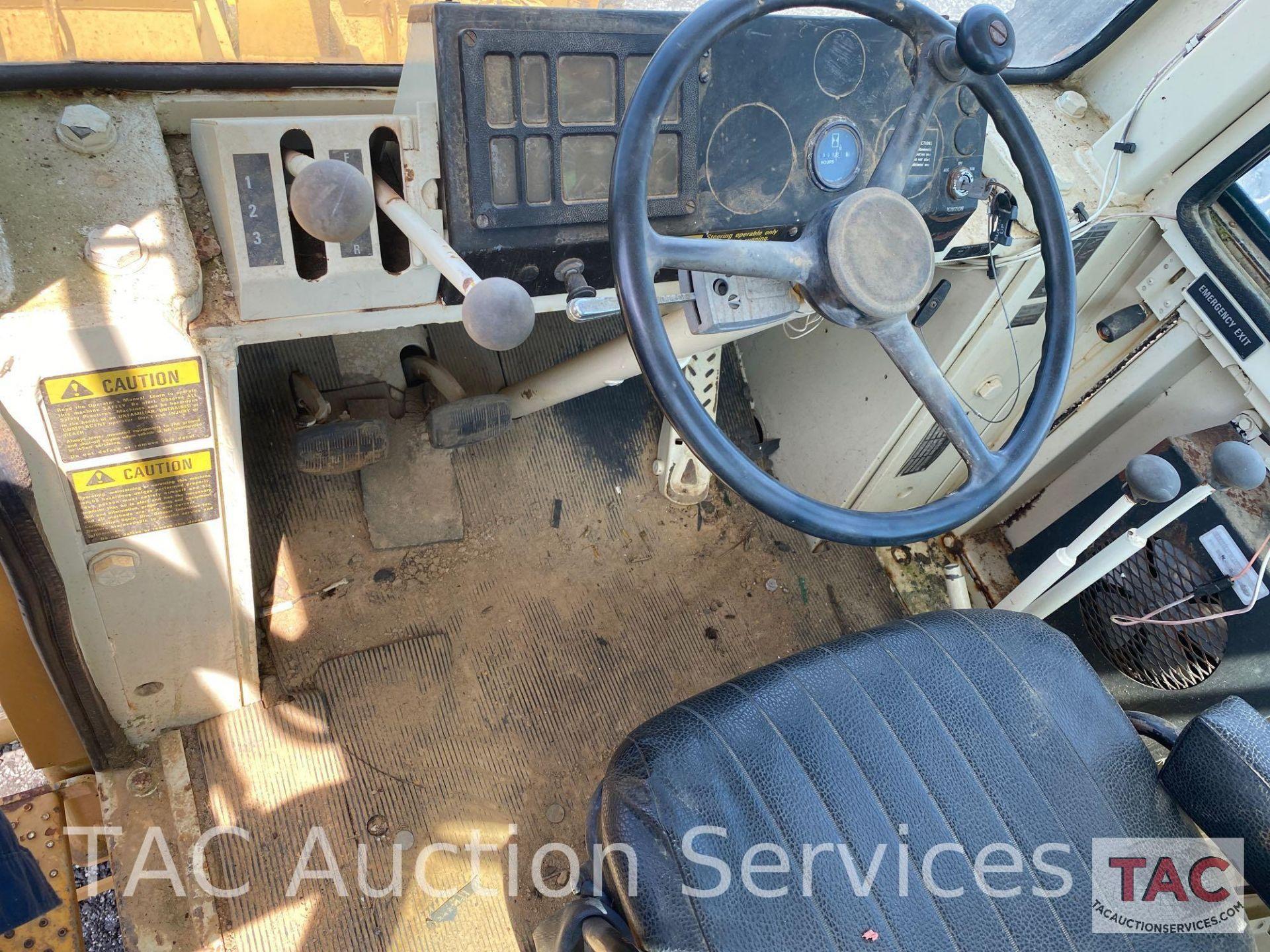 International Harvester 510B Loader - Image 19 of 31