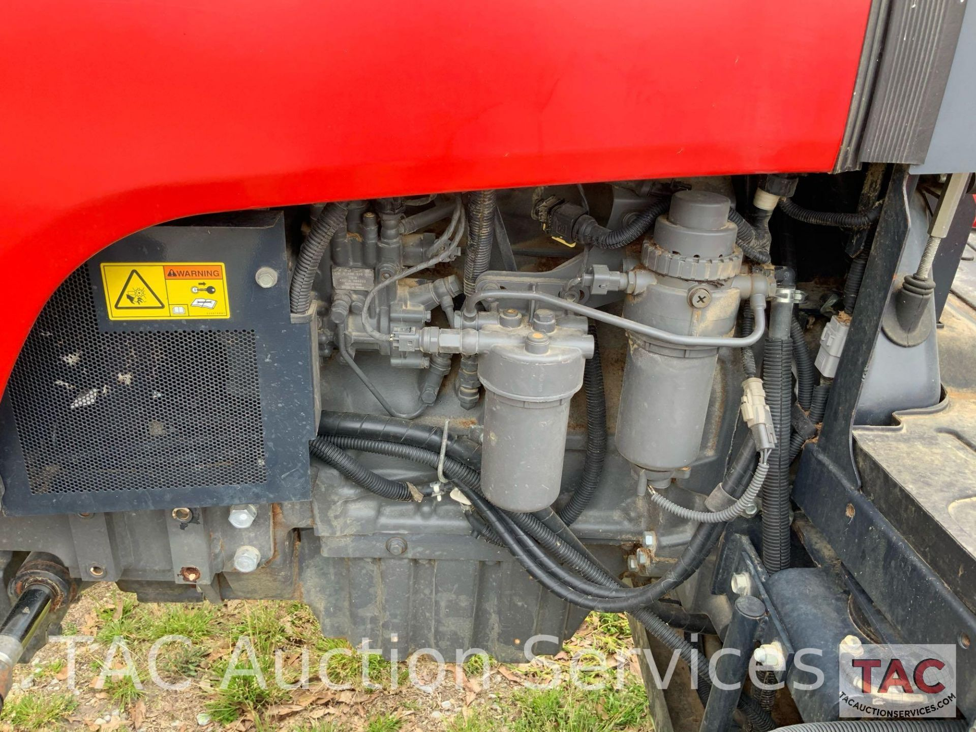 Massey-Ferguson 4610LP Farm Tractor - Image 18 of 26