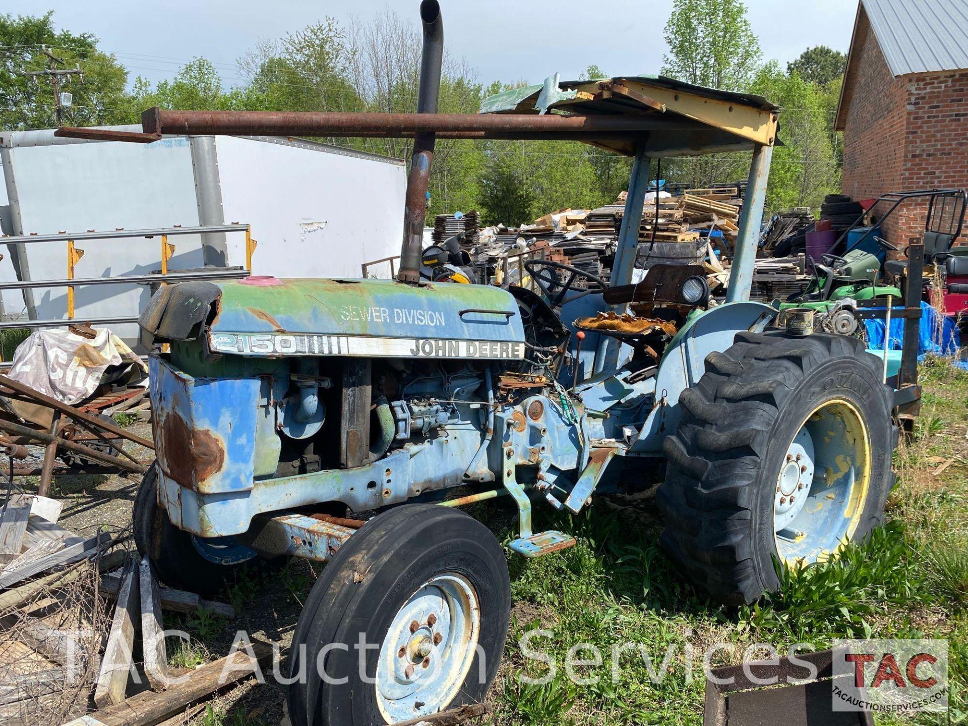 John Deere 2150 Farm Tractor - Image 3 of 34