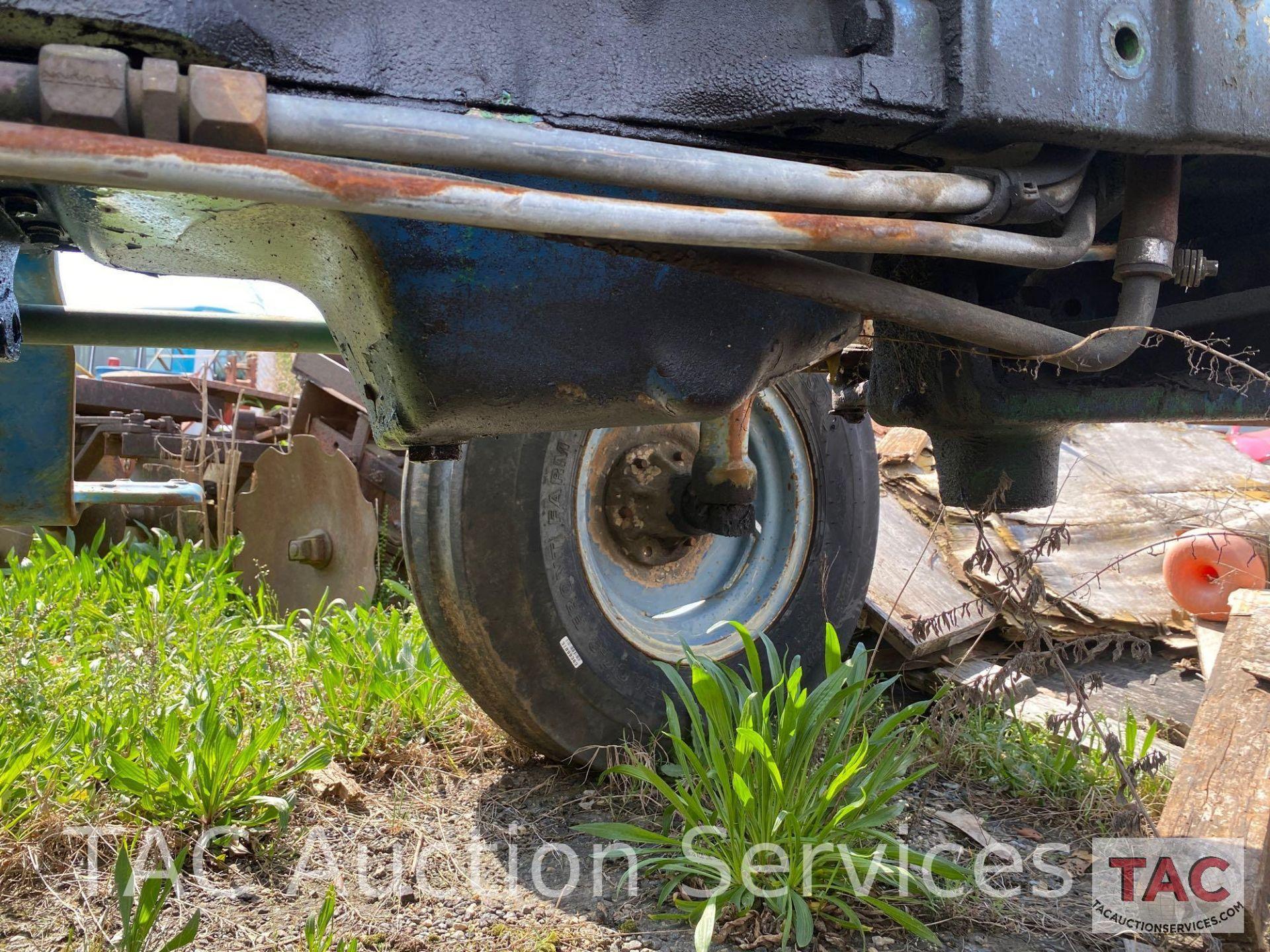 John Deere 2150 Farm Tractor - Image 27 of 34