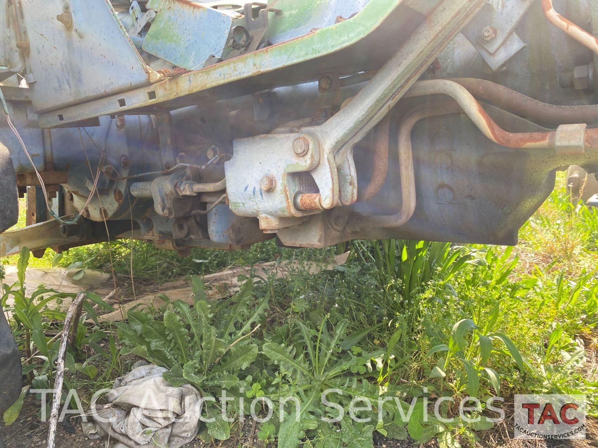 John Deere 2150 Farm Tractor - Image 26 of 34