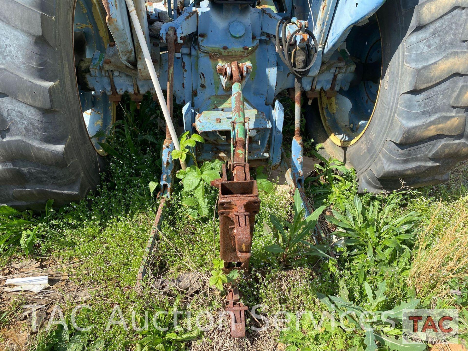 John Deere 2150 Farm Tractor - Image 10 of 34
