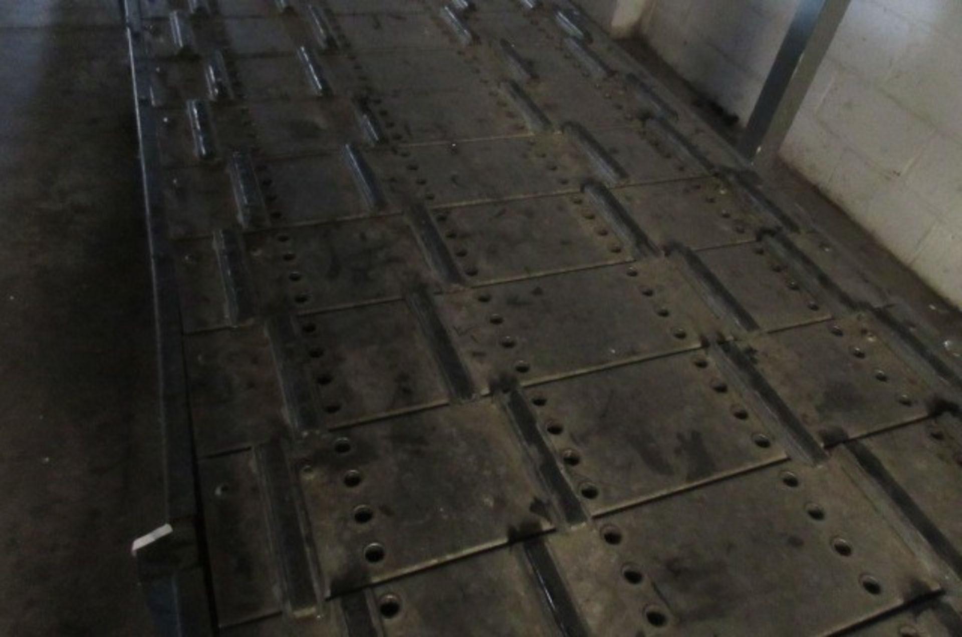 Assembly/drying conveyor 7.2m long x 1.1m wide. - Image 2 of 4