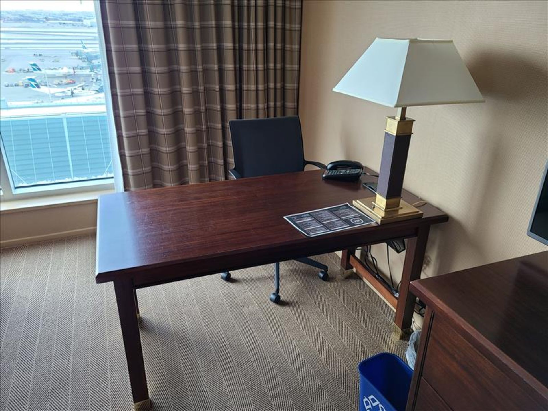 King Bedroom featuring: king size bed and frame, wood headboard, night stand, desk, desk chair, side - Image 6 of 10