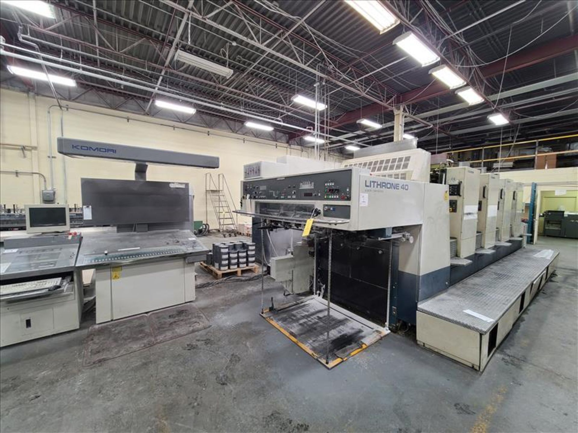 Komori 4-color offset printing press, Series Lithrone 40, model L-440, S/N.2202 approx. 68