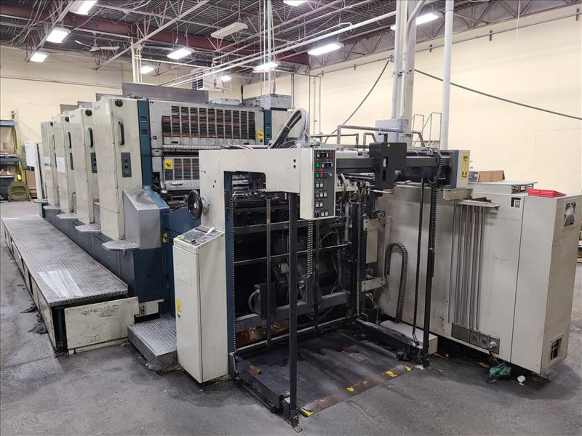Komori 4-color offset printing press, Series Lithrone 40, model L-440, S/N.2202 approx. 68 - Image 8 of 22