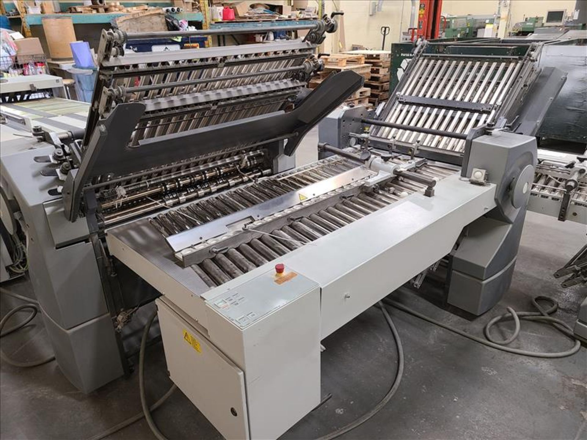 Heidelberg Stahlfolder Folding Machine, model SPH-70, S/N. FH-DLA0-00369, w/ 2.5' infeed - Image 7 of 8