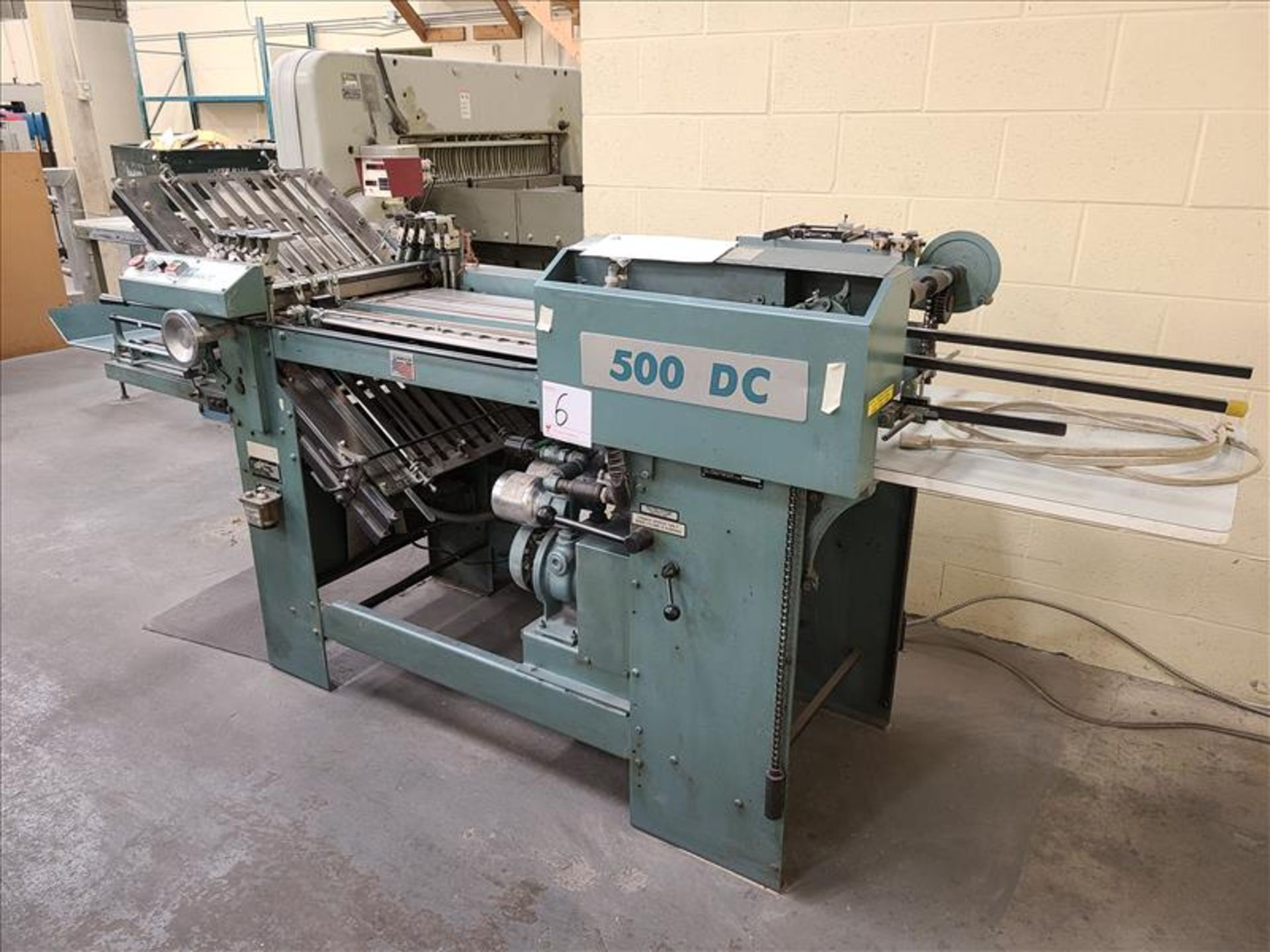 Baumfolder Pile Feeder, series 520 B, model 48994-001, S/N. CA2-078 208-230V, 3 Phase, 14 amps c/w