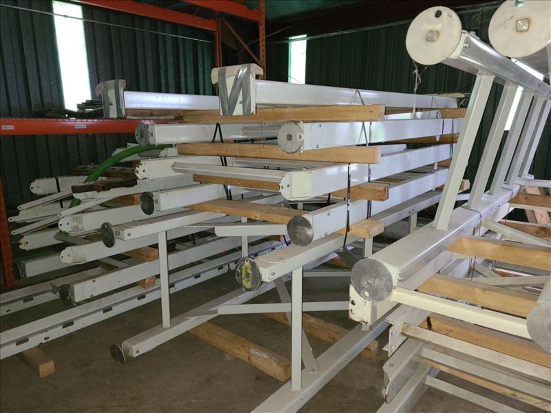 [LOT] conveyor frame [Storage Shed] - Image 2 of 3