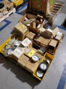 [LOT] gauges, temperature, pressure, liquid filled gauge [Packaging Warehouse]