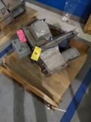 """[LOT] right hand diverter, 3-1/2"""" x 11"""" [Packaging Warehouse]"""