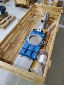 """Stafsjo 316 stainless pneumatic gate valve, mod HGL025UOOY50, s/n 93632, 10"""" [Packaging Warehouse]"""