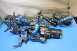 LOT OF FIELD CAMS,CORDS,VIDEO BOX FIELD OUTDOOR CAMERA SYSTEM MIDICAM