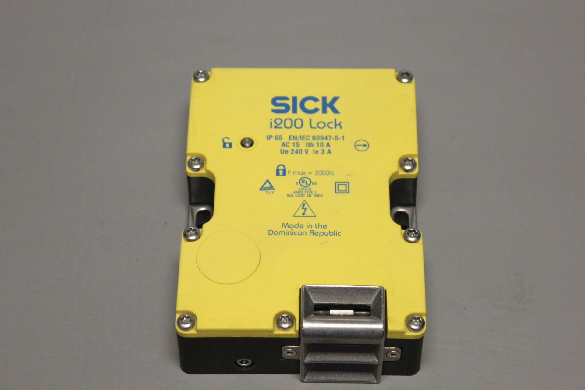 SICK i200 SAFETY INTERLOCK SWITCH
