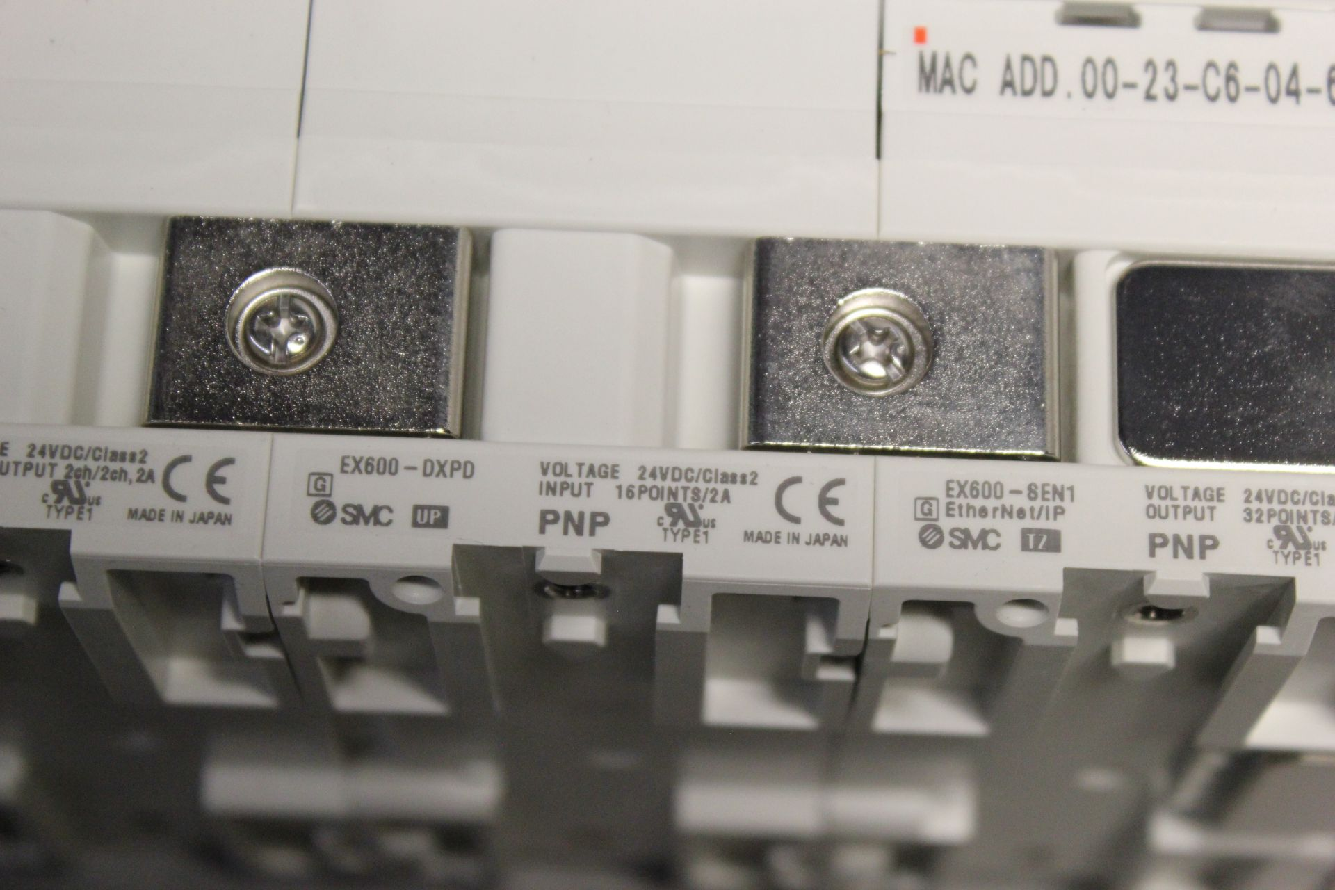 NEW SMC MANIFOLD WITH SOLENOID VALVES, ETHERNET/IP I/O - Image 7 of 8