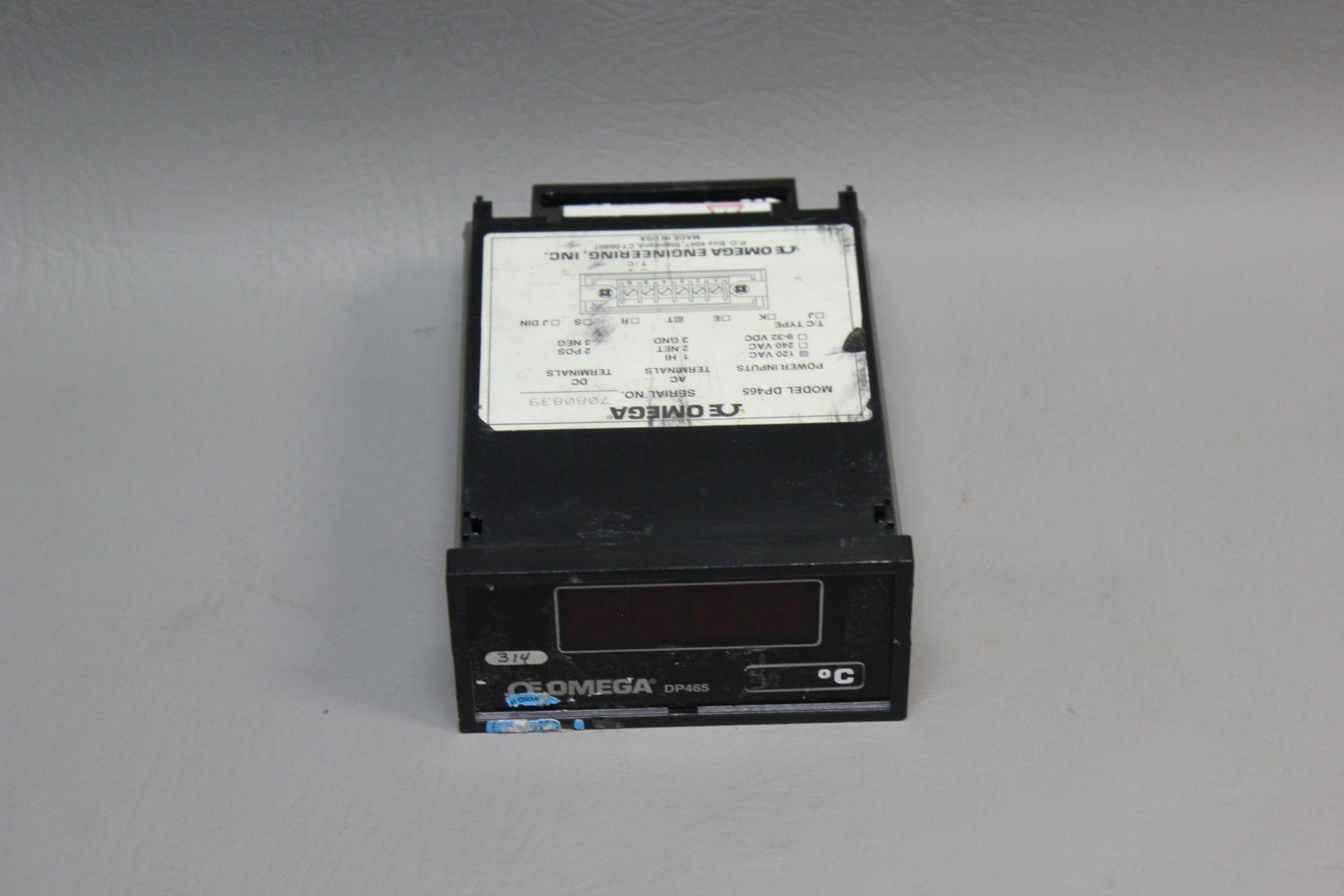 OMEGA DIGITAL TEMPERATURE CONTROLLER