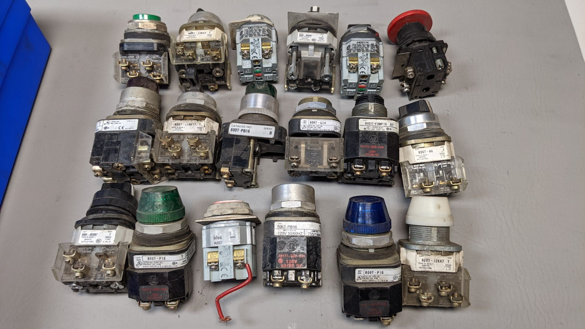 LOT OF PUSHBUTTONS, PILOT LIGHTS, SELECTOR SWITCHES